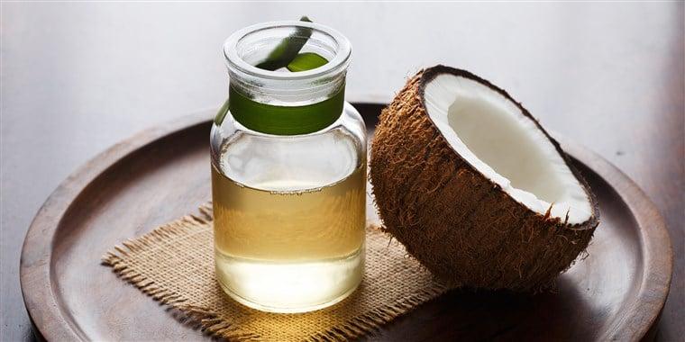 Coconut-Oil-To-Lighten Skin